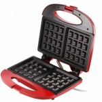 red-waffle-maker-5